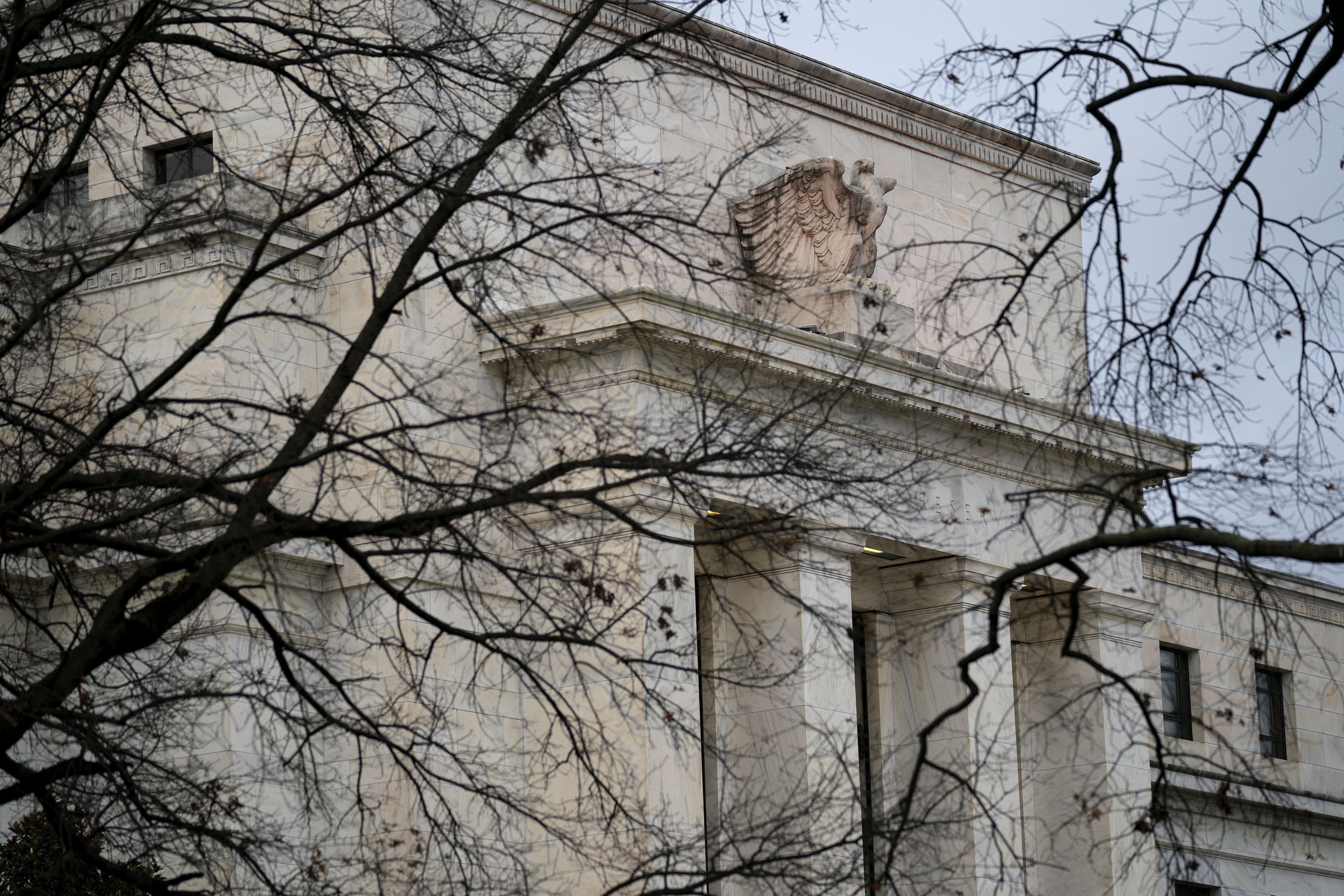 """美联储官员再次""""放鹰"""":缩减QE的日子越来越近了"""