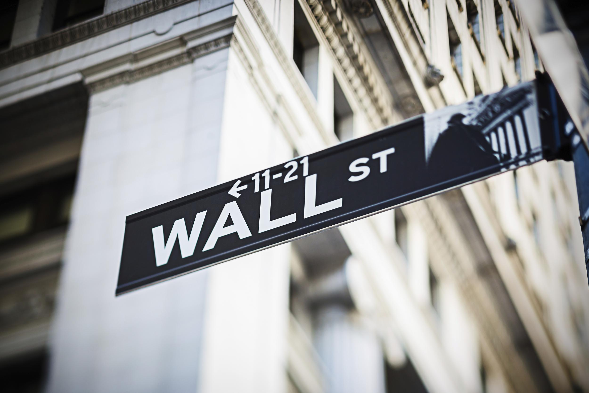 """美股盘前:鲍威尔""""鸽声""""再起 三大期指临近历史高位"""