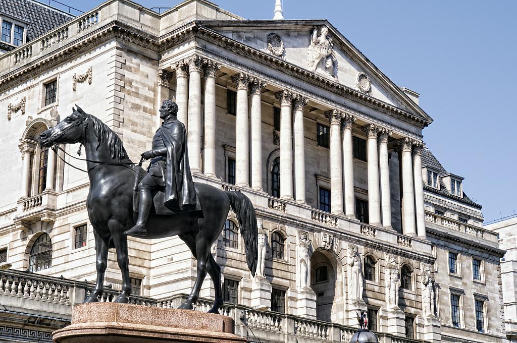 最快下月加息?英国央行或成全球首个加息的主流央行